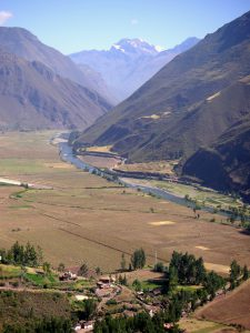 The Urubamba River in the Sacred Valley of the Incas, Cusco.